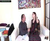 कुछ पैसों के लिए खूबसूरत कामवाली बाई ने सारी और पेटिकोट उतार के अपनी चूत बेच दिया from kamwali bai sari sax